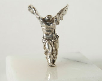 Winged Victory of Samothrace miniature figurine