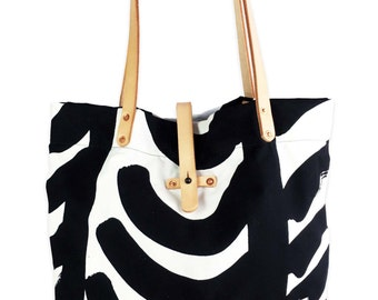 Tote bag with screen printed Marimekko fabric and leather handles