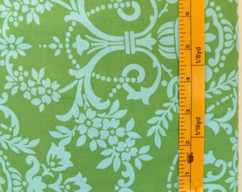 Westminster Fibers, Free Spirit Jennifer Paganelli, Crazy Love, Natasha, PWJP064, PWJP 64, Green with light blue design quilting fabric