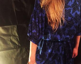 Vintage blue/black patterned dress