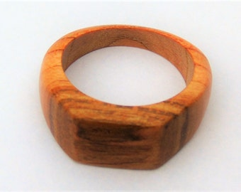 ring woman wood of apricot tree