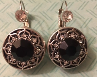 Pair of New Interchangeable Snap Earrings with a Rhinestone and Two Beautiful Black Snaps