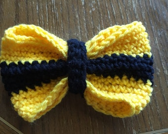Black and yellow Hufflepuff bow in large