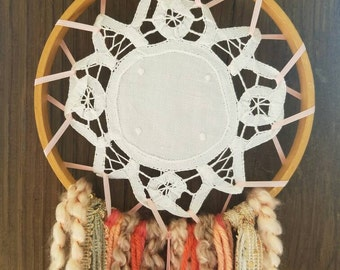 Shabby Chic~BattenBurg Lace Doily Dream Catcher~Coral Pinks and Peach Tones~Girls Room~Nursery Decor~Hippie Chic Wall Hanging~Dorm Room