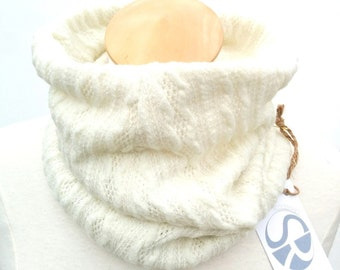 Cowl (scarf)