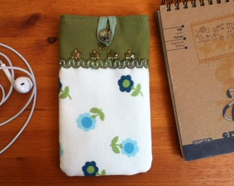 "Smartphone pouch ""Flower world"" 15 x 8 cm soft inside - smartphone case, smartphone cover or smartphone sleeve"