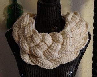 Crocheted Fashion Scarf