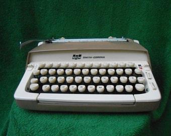 Smith Corona Galaxie 1962 Manual Typewriter FUNCTIONAL VINTAGE