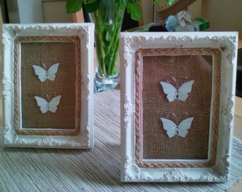 Set of 2 plastic shabby chic frames.