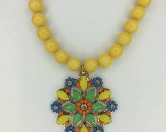 Yellow Agate necklace with Pendant