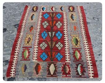 Kilim Rug,147x100cm,4'8x3'3ft,Turkısh Rug,Turkısh Kilim Rug,Small Kilim,Kilim,Rugs,Turkısh Kilim,Vintage Rug,Rugs,Handmade Kilim,Kilims,491.
