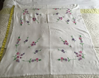 Vintage 1950 tablecloth