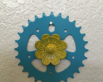 Sprocket with flower