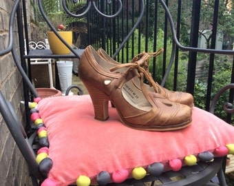 Brown leather portuguese Flamenco shoes UK size 6 EU size 39