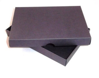 A4 Greeting Card Box - Available in white, black and ivory with a selection of tissue papers