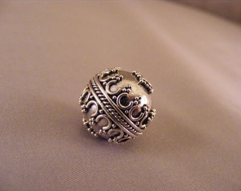 Sterling Silver Handmade Round Bali Bead with Crown Detail and Star Granulation around Holes
