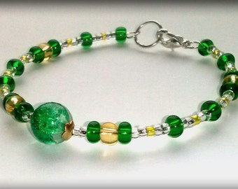Romantic green spring bracelet