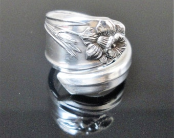 Daffodil Spoon Ring 1950 Birthday Bridal Jewelry Bridesmaid Gift Rustic Wedding Something Old Vintage Silver Flatware Silverware