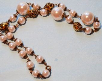 Vintage Gold and Pearl Beaded Necklace