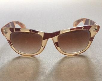 Vintage Wayfarer sunglasses 80's sunglasses abstract design gradient tan brown