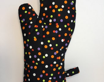 Quilted Polka Dot Oven Mitt, Ready to Ship!