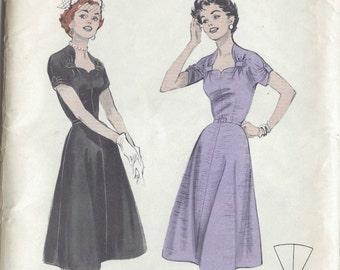 "1950s Vintage Sewing Pattern B34"" DRESS (R21) Butterick 7267"