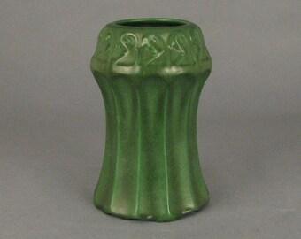 """Vintage Arts & Crafts Weller Pottery Matte Green 8"""" Corseted Vase c1905"""