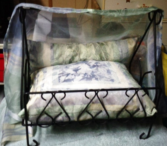 One Of A Kind Cat Small Dog Bed Stylish Canopy Bed