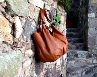 Leather Hobo Handbag in Pumpkin
