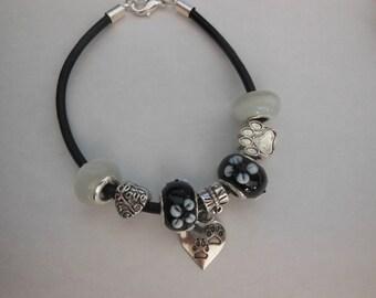 "Black & White Love My Pet Bracelet 8"""