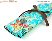 Sale 25% OFF Large Knitting Needle Case Organizer - Tangle Aqua - 30 brown pockets for all size needles or paint brushes
