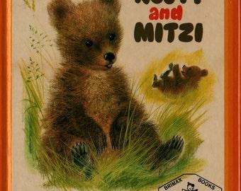 Rusty and Mitzi - Rosalind Sutton - Romain Simon - 1971 - Vintage Kids Book