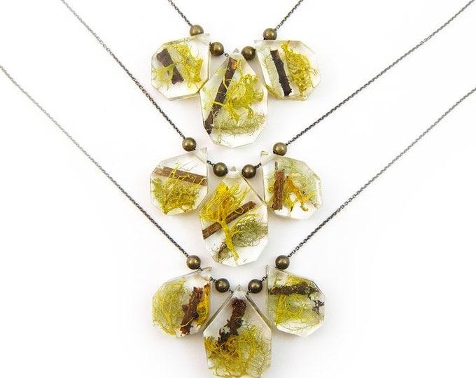 Geometric Terrarium Statement Necklace • Science Jewelry • Resin Moss Pendant • Eco Resin Specimen Jewelry • Terrarium Statement Jewellry