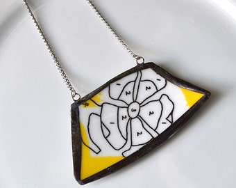 Wide Rim Broken China Jewelry Necklace  - Yellow