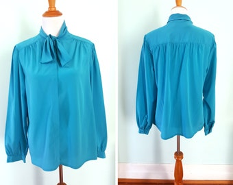 Vintage Turquoise Longsleeve Blouse with bow tie Plus Size