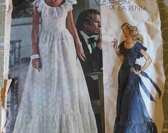 Vintage 70s Vogue 1043 Americana Oscar De La Renta Prarie Style Evening Maxi Dress sz 12 B 34