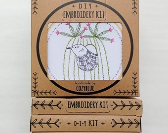CACTUS BIRD embroidery kit -  embroidery hoop art, bird and cactus, desert vibes, blooming cacti, southwest style, succulent design, cactus