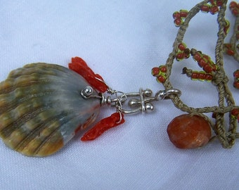 Hawaiian Sunrise shell, hand knotted seed beads, necklace
