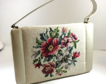 SJK Vintage -- Fiesta Canada Signed Mid Century Cream Leather Handbag with Wool Needlepoint Floral Design (1950s-60s)