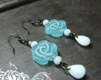 Vintage Style Blue and White Rose Drop Earrings