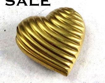 Vintage Brass Heart Bead Pendant Charms (6X) (V421) SALE - 25% off