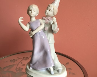 Sweet purple, pink and white Ceng Yi Conte Original 1986 lady and clown suitor fine porcelain figurine