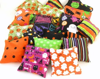 25 Halloween Bean Bags - Halloween Party Favor Game - Trick or Treat Candy Alternative - Classroom School Preschooler Toddler Toy