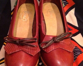 Bass vintage 1970s or 1980s oxblood wedge loafers sz 7