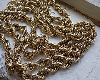 FREE SHIPPING Vintage Chunky Long Goldtone Chain Necklace Strand