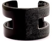 Grey Matte & Polish Horn Cuff Bracelet - Q12536
