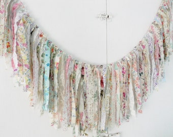 Bridal Shower Rag Tie Banner Lace Floral Wedding Garland Baby Fringe Tea Party Valance Bunting Banner Bride Photography Prop Photo Booth