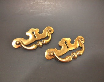 Free Shipping Vintage brass drawer pulls and knobs  Dresser or Cabinet Escutcheon Decorative