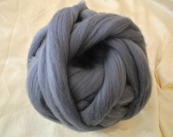 Merino wool rooving, grey, for needlefelt, felting, spinning, weaving and more, made in Italy