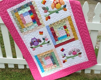 Owls crib quilt ,cuddle quilt, baby  girl toddler appliquéd nap blanket